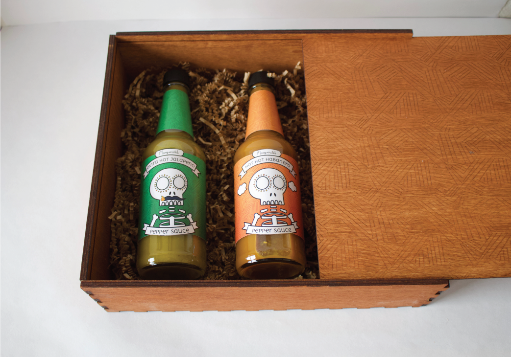 image of hot sauce gift box